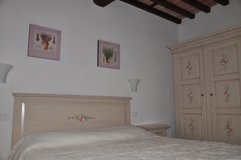 5th bedroom with en suite bathroom