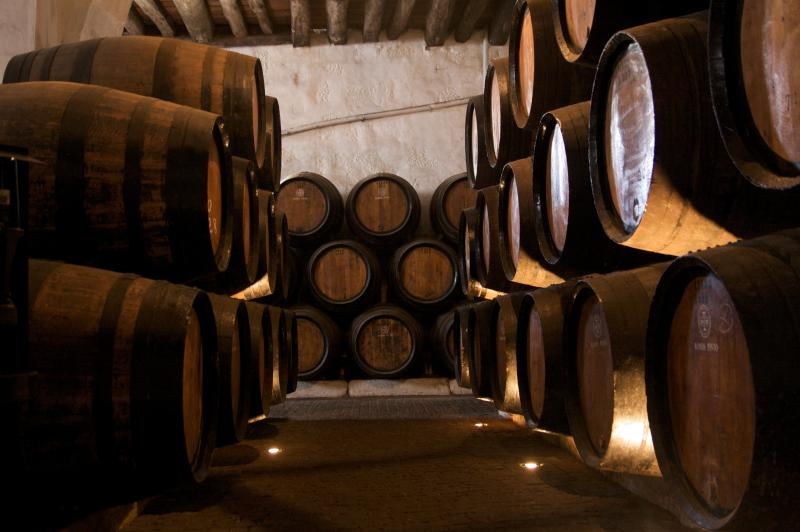 Port Wine Caves at 800 meters where you can taste the wine