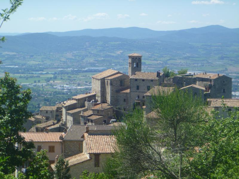 Il borgo medievale di Miranda