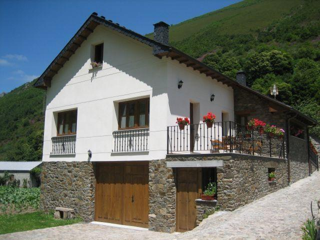 apartamento de 1 habitacion, vacation rental in Grandas de Salime Municipality