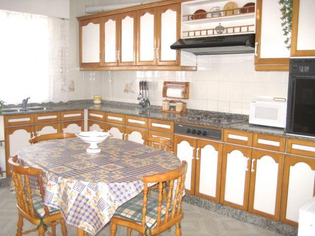 Una cocina realmente grande! / Really big kitchen!