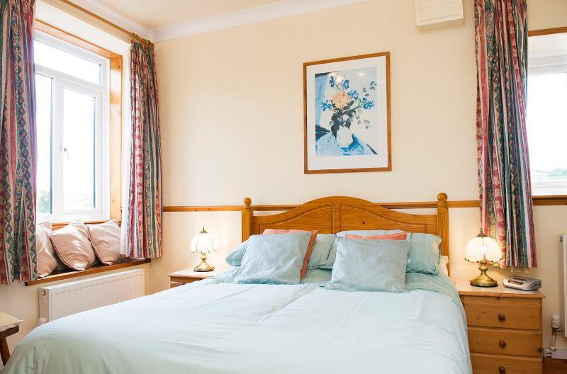 Dual aspect Main bedroom