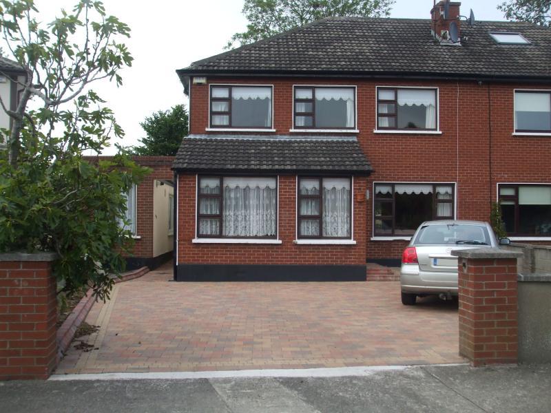 6 bedroom house in Blackrock, Co Dublin