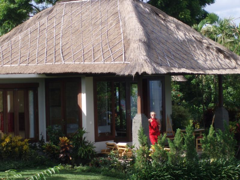 Toyabali- Beach Bungalows, Tulamben/ Bali, vacation rental in Tulamben