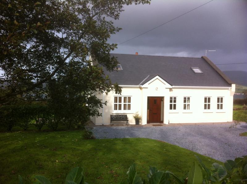 burnham cottage updated 2019 holiday rental in dingle tripadvisor rh tripadvisor ie