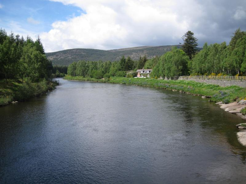 River Dee on the way to Balmoral Castle