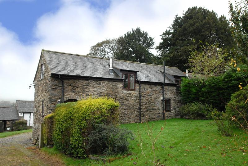 Gwenoldy is an 18th century detached stone barn with a 21st century makeover