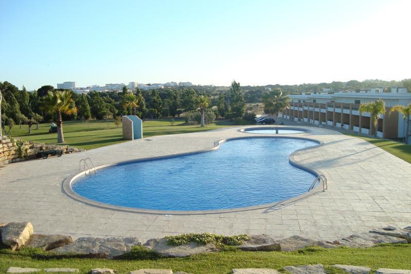 Villa Branca II, holiday rental in Faro District