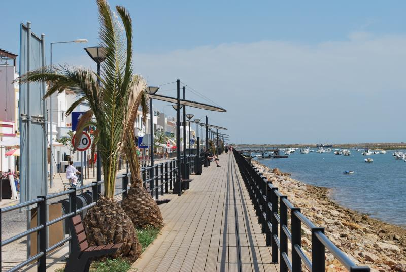 Beautiful Board walk, run from top to bottom of strip with fantastic sea view
