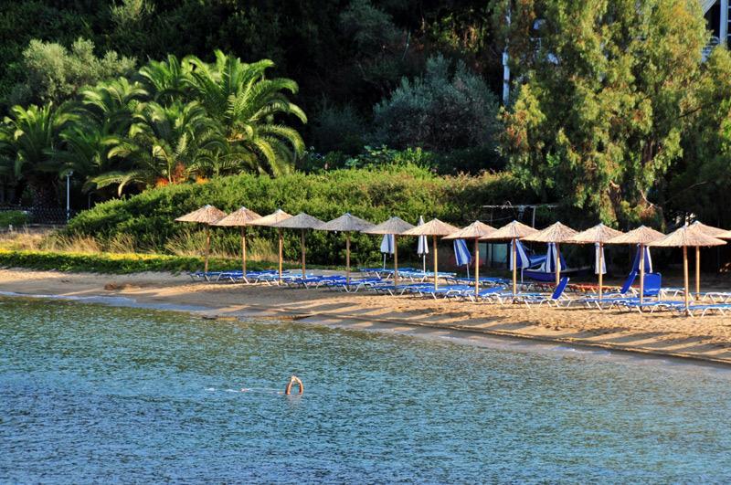 Beach suite at Kleopatra Villas, Kolios beach, Skiathos island in Greece., holiday rental in Kanapitsa