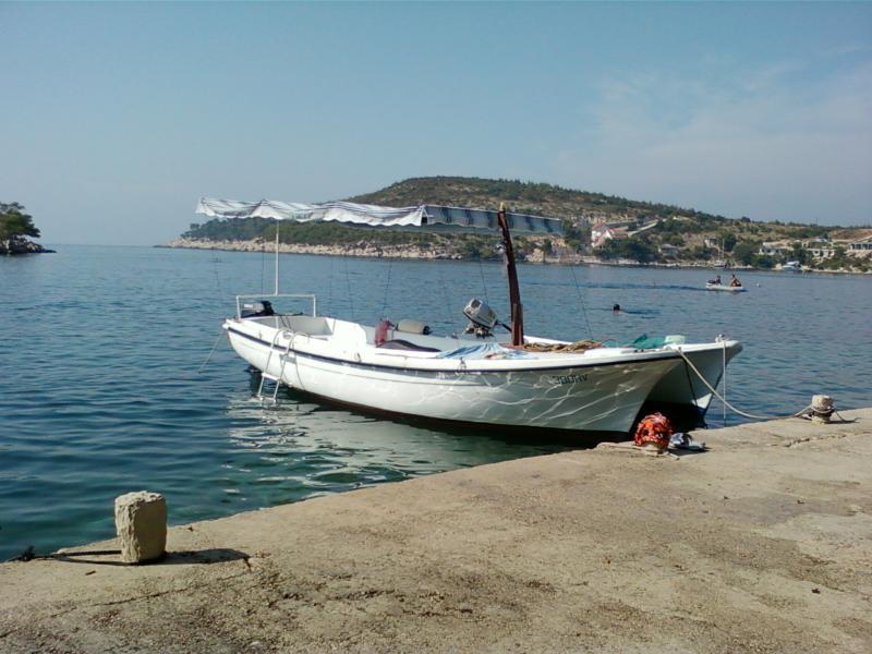 Motor boat for renting