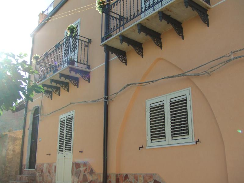 Casa Dei Sogni, holiday rental in Cianciana