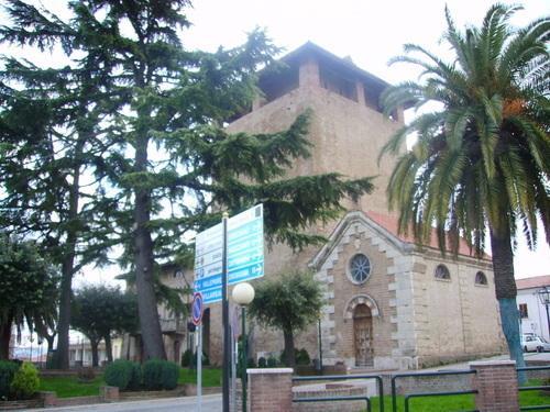 a leisurely walk in the beautiful historical Cepagatti center