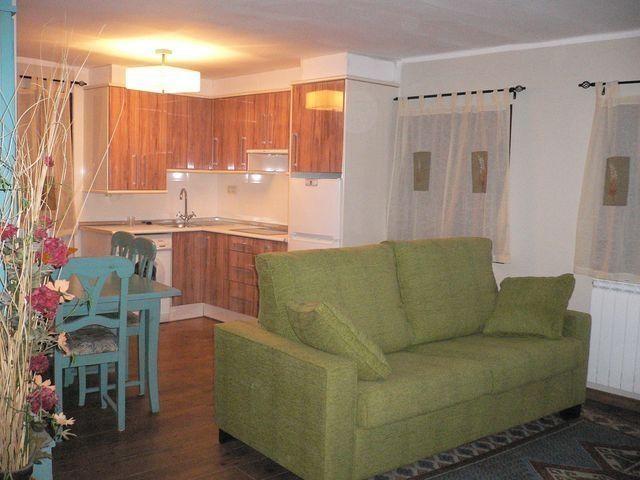 Apartamento de 2 habitaciones en Laspaules, holiday rental in Bisaurri