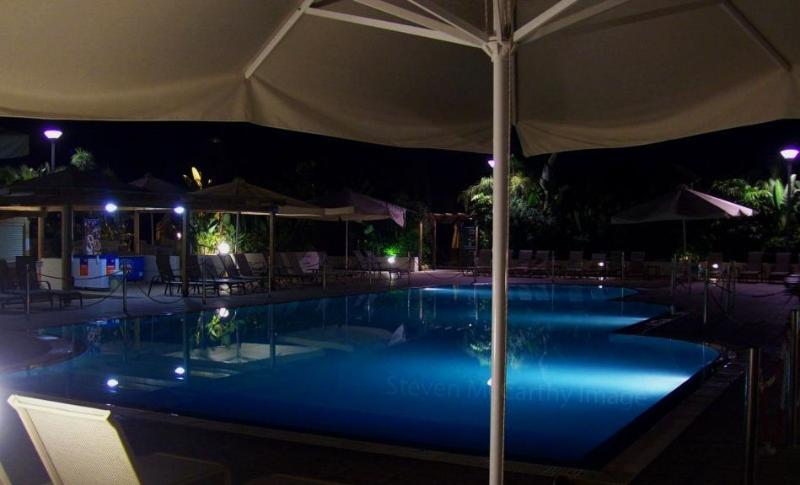 The pool by night.