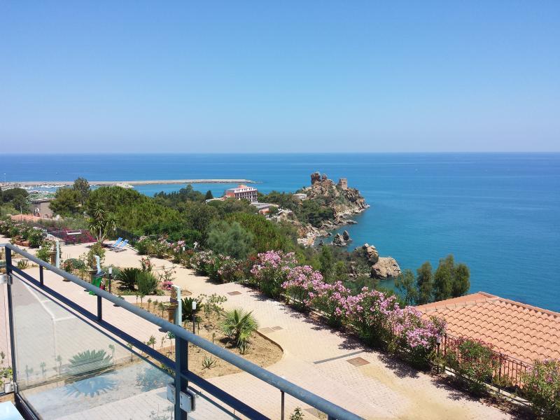 Residence Magarà - Top Floor, location de vacances à Cefalu