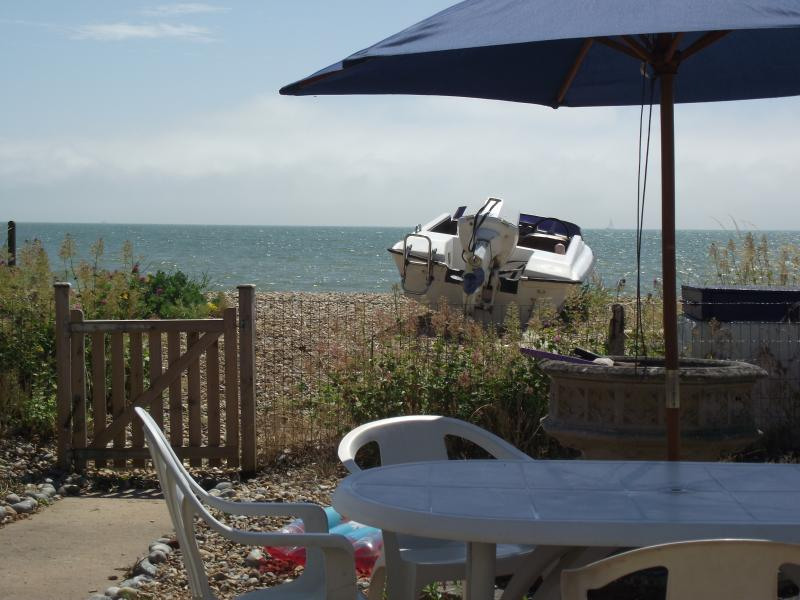 Tombreck está en la playa y cuenta con magníficas vistas al mar