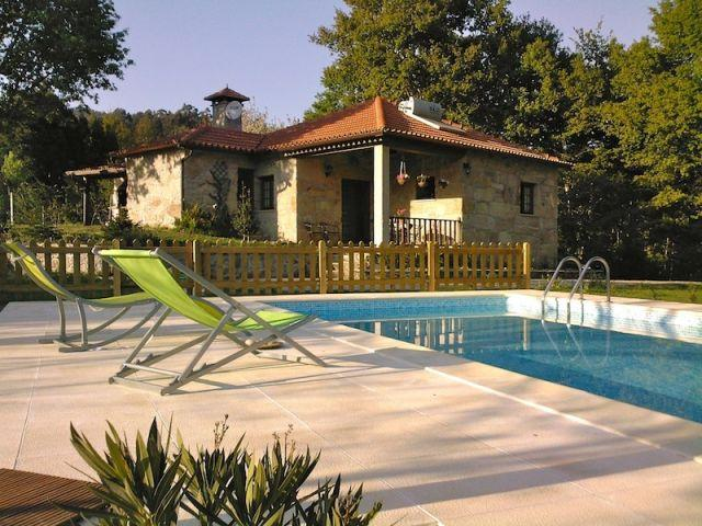 Casa rural con piscina, en plena naturaleza, alquiler de vacaciones en Aveiro District