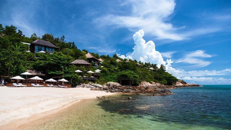 Samrong Bay