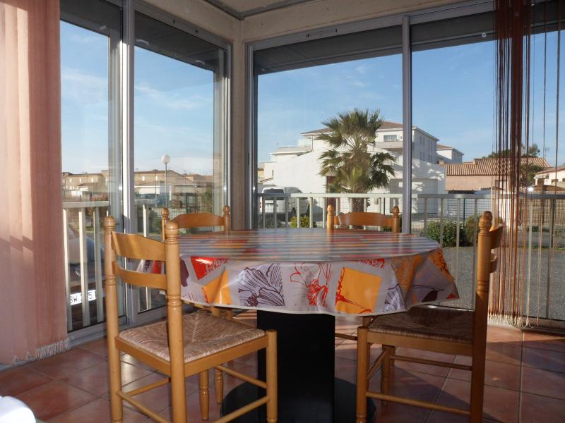 Appartement T2 rez de chausse, holiday rental in Valras-Plage