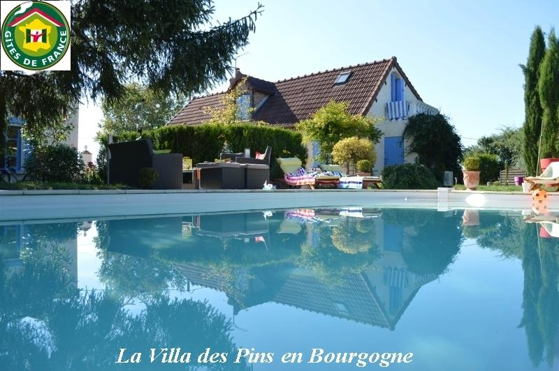 Rental home with private pool Gîtes de France 3 ears in Burgundy