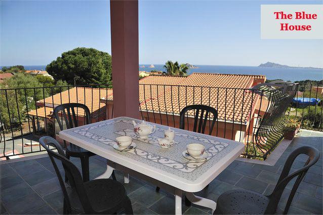 Apartamento de 2 dormitorios en Santa Maria Navarr, holiday rental in Baunei