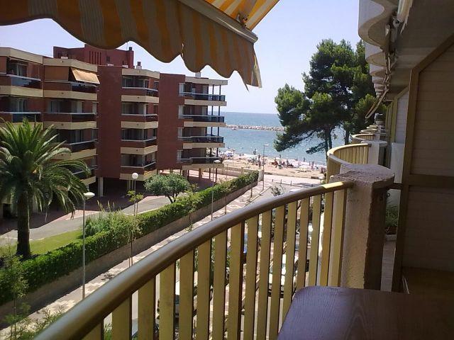 Privilegio- 1ª Línea de mar, location de vacances à Cambrils