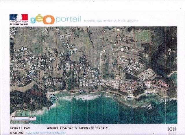 voyez la maison a 200 m de la mer (petite croix )