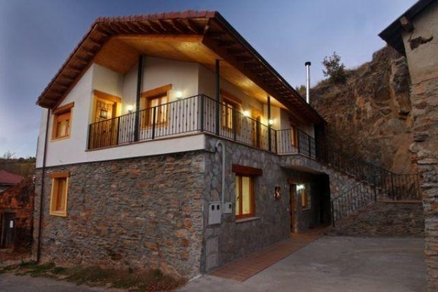 Casa en la Montaña para 2, holiday rental in Buiza