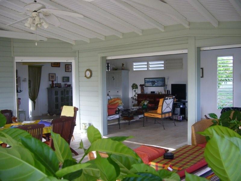 une autre vue du salon terrasse