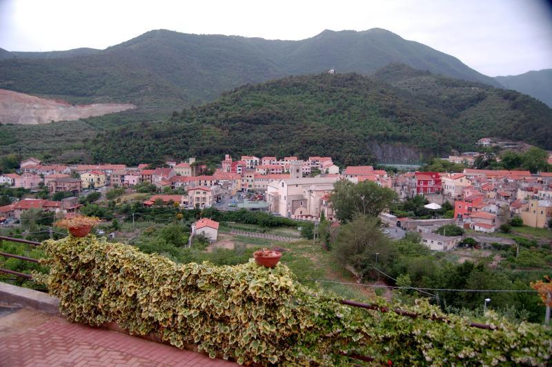 appartamento in villa, vacation rental in Borghetto Santo Spirito