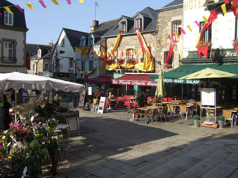 Cathedral Square - Josselin