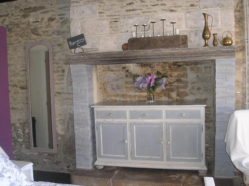 Fireplace - ground floor aprtment