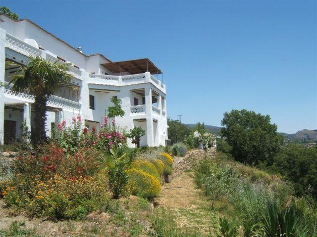 Apartamento 2 dormitorios y terraza (4 plazas). Vistas al valle de La Taha – semesterbostad i Bubion