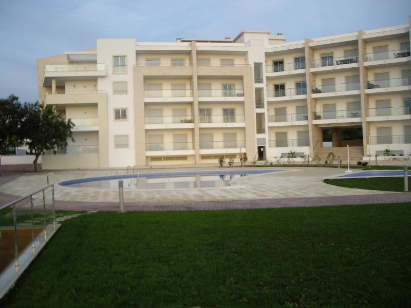 Modern Apartment block on edge of Albufeira but close to amenities