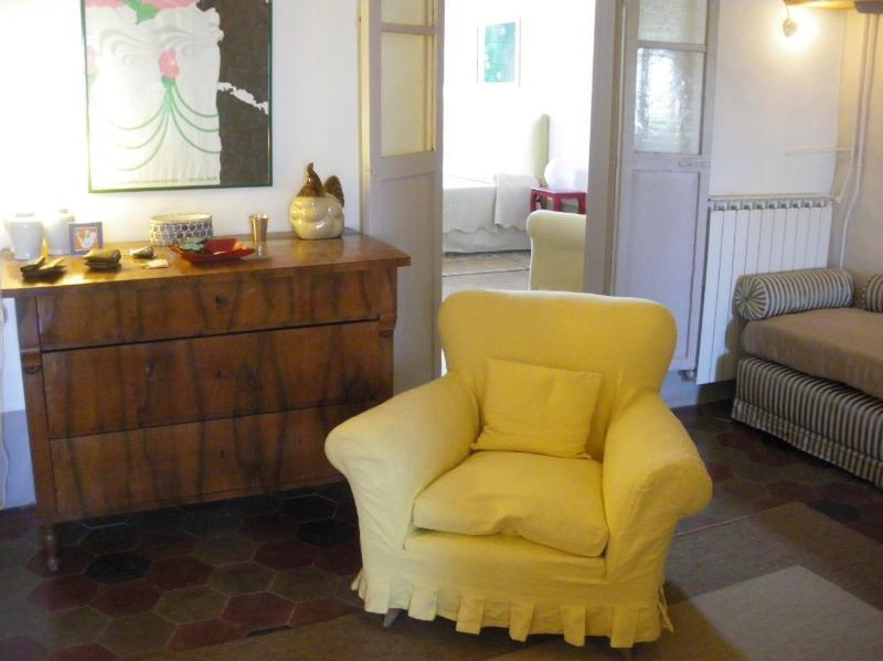 Elegante suite Poggio Mirteto, vacation rental in Province of Rieti