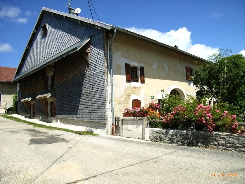 Haut-Jura, Les Andreys, gîte Le Tavaiilon,, holiday rental in Saint-Pierre