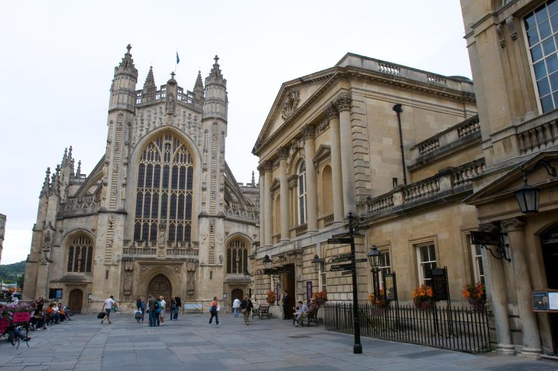 Bath Abbey and the Pump Rooms