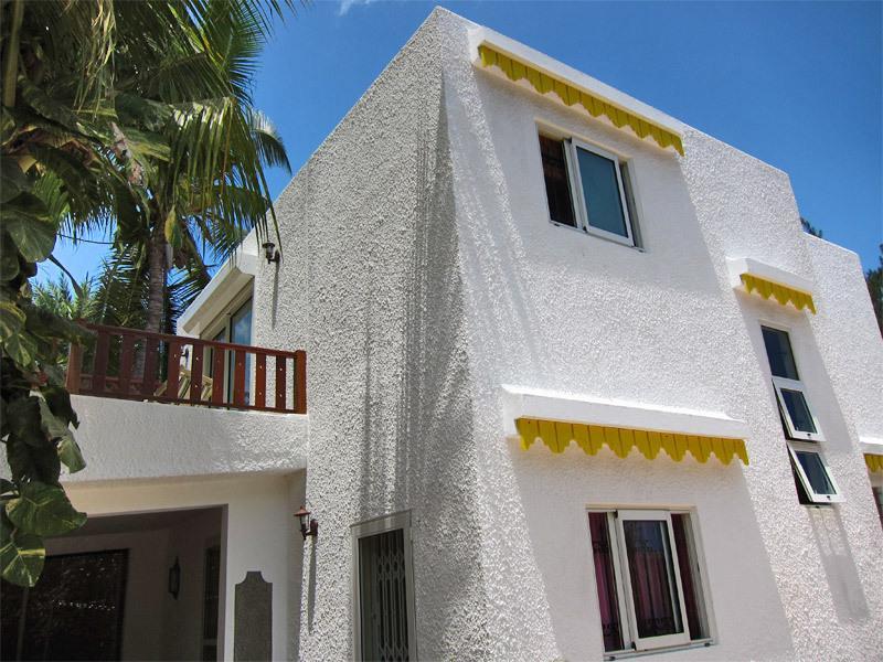 Sideview of Garden Villa