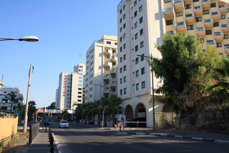 KingsTowers big apartament 2BR, alquiler vacacional en Arbel