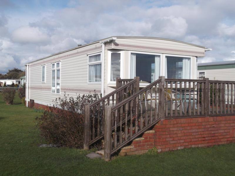 Holiday Caravan 22, vacation rental in Lymington