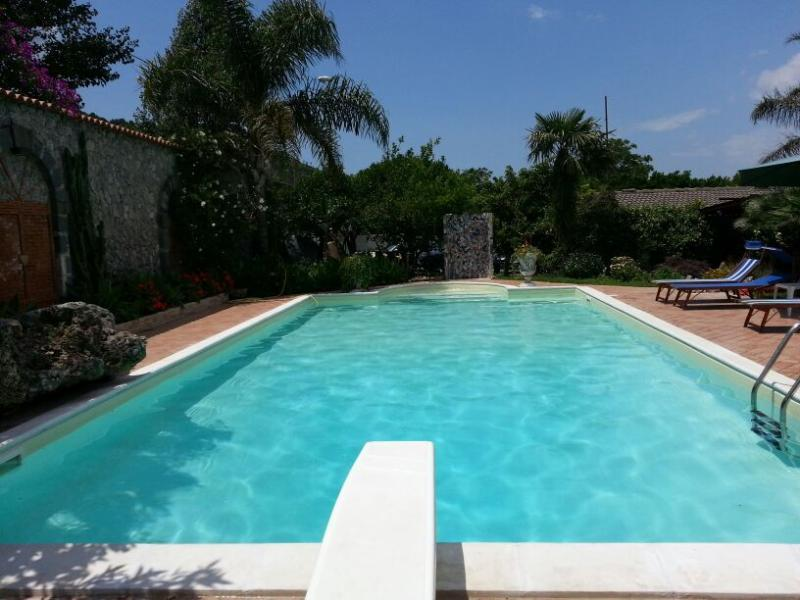 Appartamento Villa Le Favole, vacation rental in Corbara