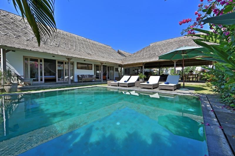 Ensoleillée privée piscine
