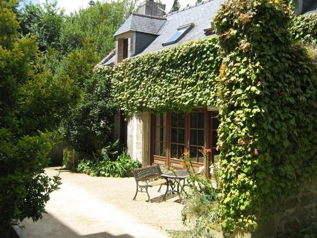 GITE DU MANOIR DE SUGUENSOU, holiday rental in Finistere