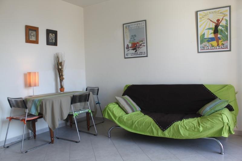 Juan centre avenue Esterel, casa vacanza a Juan-les-Pins