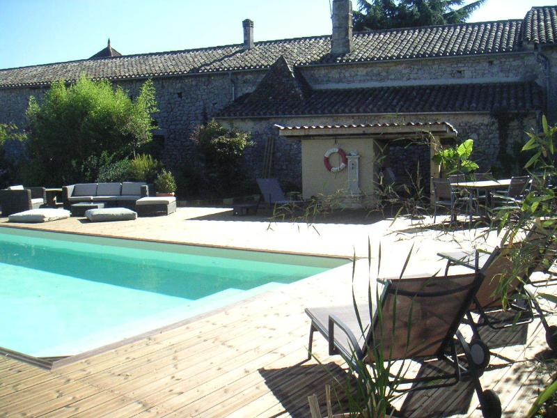 B&B Chambresenvigne around St Emilion 1, vacation rental in Auriolles