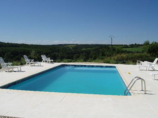 Le Loriot, holiday rental in Voeuil-et-Giget