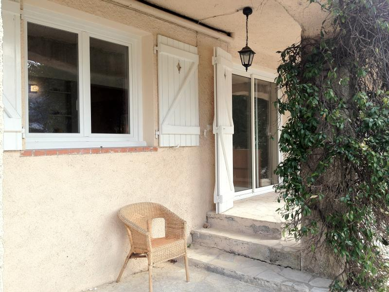 Clos St Pierre -2 appartements, holiday rental in Coursegoules
