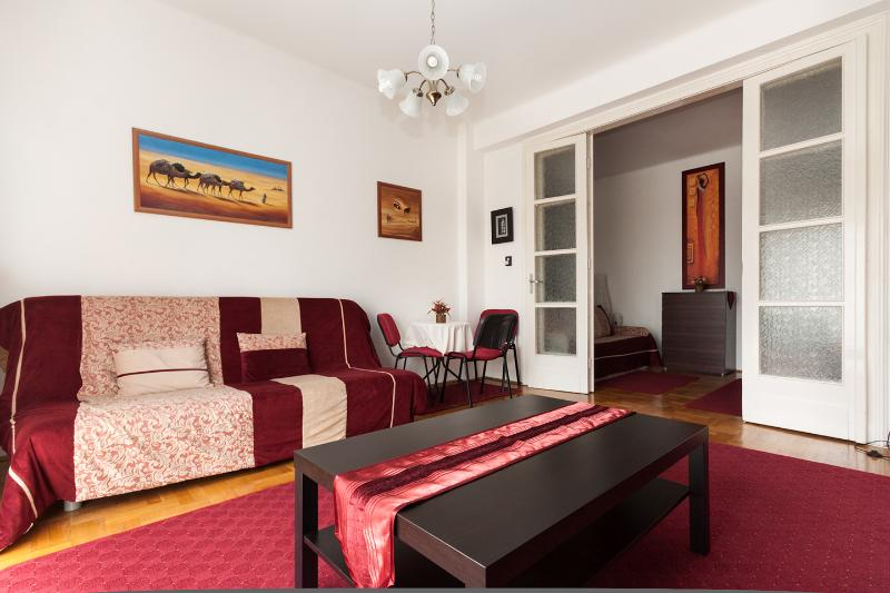 Family Buda Apartment, holiday rental in Tordas