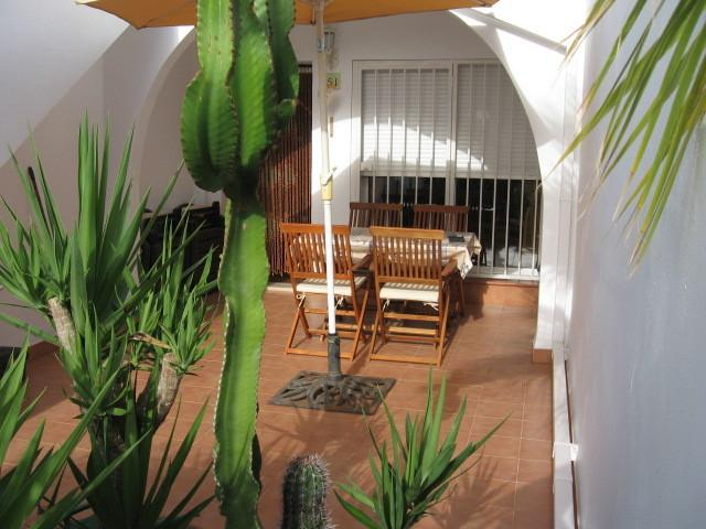 Spacious front terrace perfect for the afternoon sun and al-fresco dining